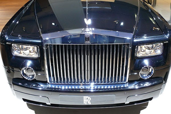 rolls royce akan produksi suv 4x4 otomotif antara news. Black Bedroom Furniture Sets. Home Design Ideas