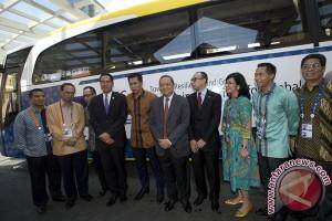 Empat kementerian luncurkan mobil ramah lingkungan di APEC