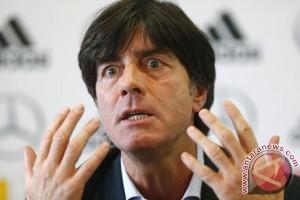 Euro 2016 - Jerman vs Slowakia, Mario Gomez mata tombak