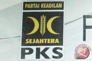 PKS Jatim minta maaf insiden bendera terbalik