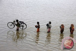 Korban jiwa akibat banjir naik jadi 70 di India Timur