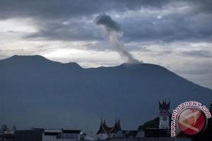 Lima pendaki yang tersesat di Marapi ditemukan