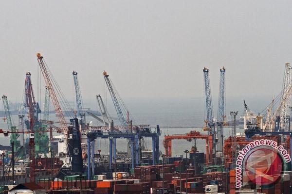 Neraca perdagangan November surplus 776,8 juta dolar AS