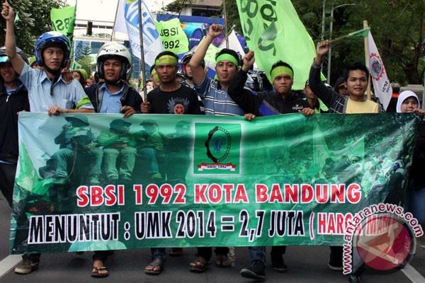 Daftar UMK 2014 di Jawa Barat