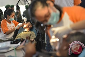 Indonesia has 25 thousand dentists