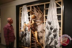 Seni Instalasi Wahyoe Wijaya