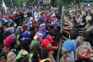 400 polisi disiagakan kawal demo buruh Tangerang
