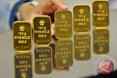 Harga emas berjangka turun tajam