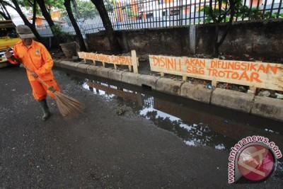 Hati-hati buang sampah di Tangerang, bisa dihukum kurung 24 jam