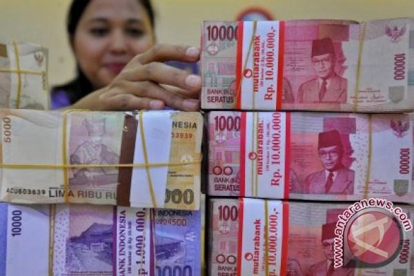 Rupiah menguat menjadi Rp13.234 per dolar AS c163388804