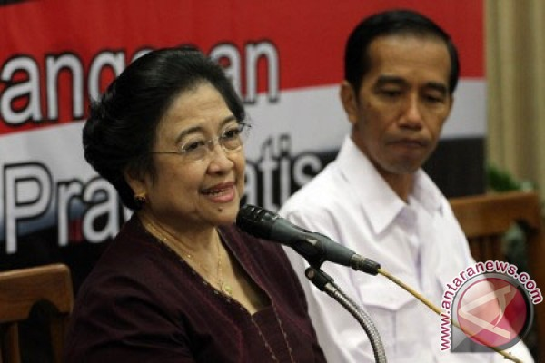 Jokowi as presidential candidate is not merely Megawati`s compliance: Observer