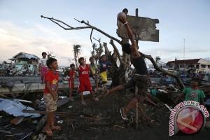 Korban tewas akibat Topan Haiyan di Filipina jadi 6.092