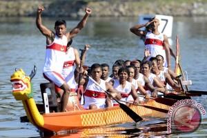 Tim perahu naga Indonesia kembali juara di China
