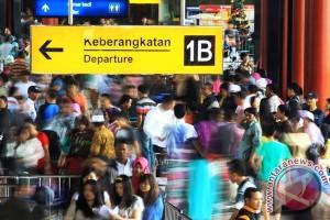 PT Angkasa Pura II gratiskan jasa layanan porter