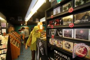Penjualan musik digital salip musik fisik