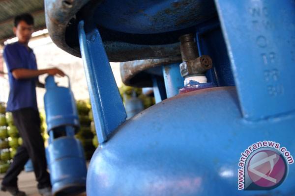 Demokrat tolak kenaikan harga elpiji 12 kg - ANTARA News