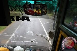 Pelemparan Bus Aceh-Medan
