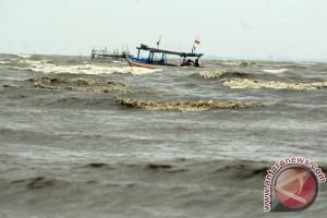 BMKG keluarkan peringatan dini gelombang 2,5 meter