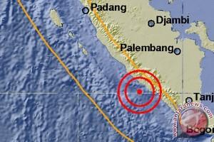 Gempa 5,2 skala richter di Bengkulu
