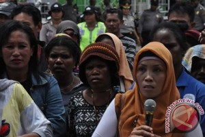 Pedagang Timika Demo