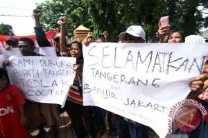 Aksi Tolak Sodetan Ciliwung-Cisadane
