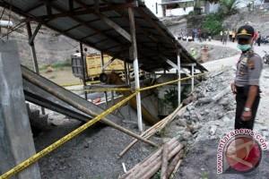 Olah TKP ledakan tambang Sawahlunto ditunda