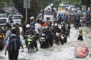 Karawang tetapkan status siaga bencana hingga Maret