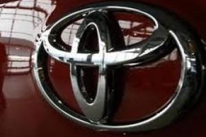 Toyota tarik Avalons karena masalah airbag