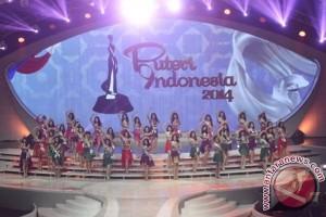 Finalis Puteri Indonesia menari di malam puncak