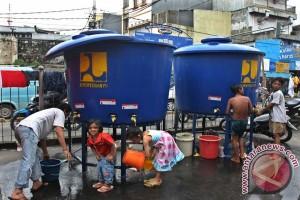 Sarana Air Bersih Korban Banjir