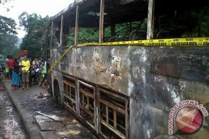 Bus Terbakar Sijunjung