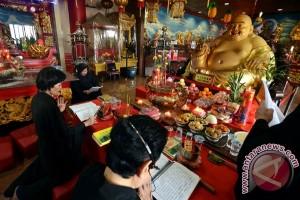 Doa Kepada Buddha Tertawa