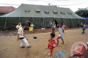 Bocah Pengungsi Banjir