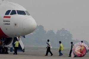 Bencana asap - Puluhan penerbangan Pekanbaru terganggu asap