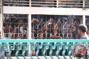 Seorang polisi di Gorontalo kena tikam di Lapas