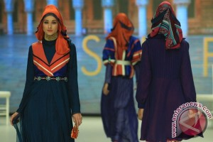 "Fatayat NU Jatim gelar ""Fashion Show"" Muslimah"