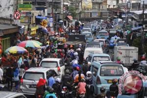 PKL pinggir jalan di kawasan Tanah Abang akan ditindak