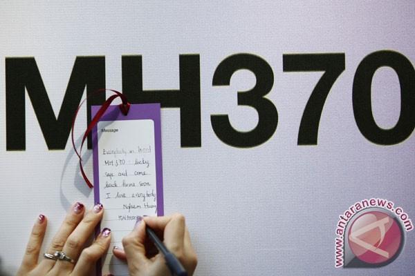 Keluarga penumpang MH 370 pilih balik ke Indonesia
