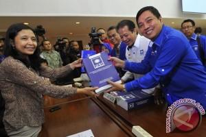 Anggota DPR Jon Erizal bantah inginkan Wagub Riau