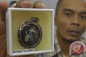 Omzet jual-beli batu permata Indonesia triliunan rupiah setahun