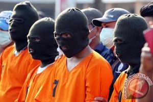 Polisi gagalkan pengiriman ganja ke Batam
