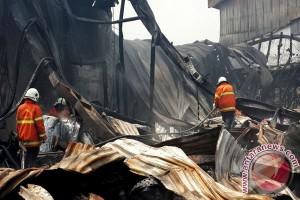 Kebakaran Pabrik Pengepakan