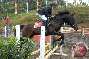 Kurniadi juara World Jumping Challenge Indonesia