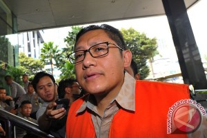 KPK periksa anggota Fraksi Demokrat terkait Anas