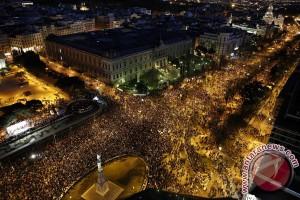 Spanyol bersatu pada Hari Columbus di tengah pemisahan diri Catalonia