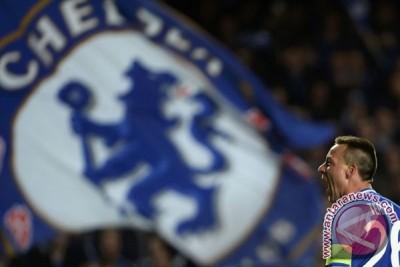 Klasemen Liga Inggris, Chelsea jauhi City