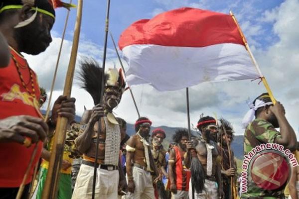 Ribuan bendera Merah Putih warnai perbatasan Indonesia-PNG
