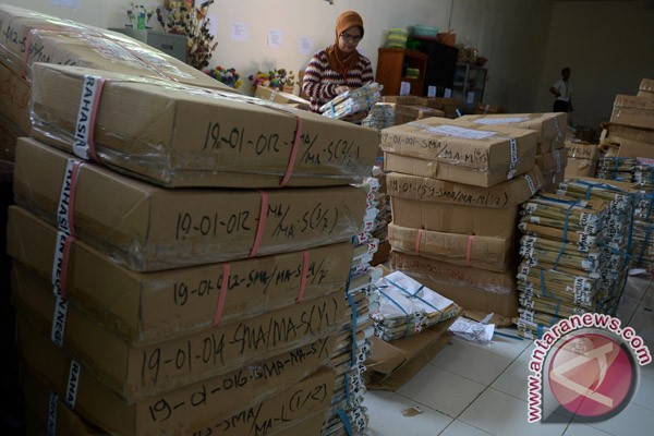 Soal Un Sma Makassar Foto Antara News