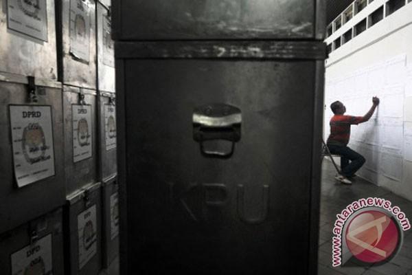 Perhitungan suara Pemilu Legislatif Dumai dihitung manual