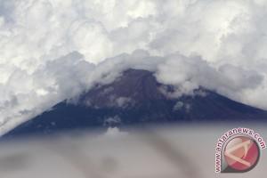 Puncak Gunung Sindoro
